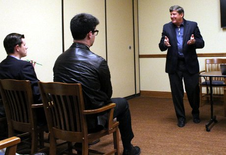 Chuck Haas speaks to members of the Thomas Aquinas College Business Club.