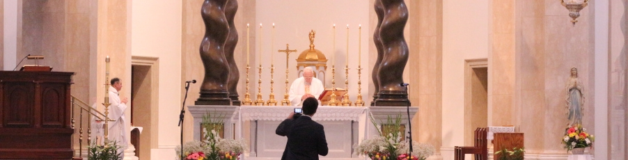 Slideshow: Livestreaming Easter Mass from the California Chapel