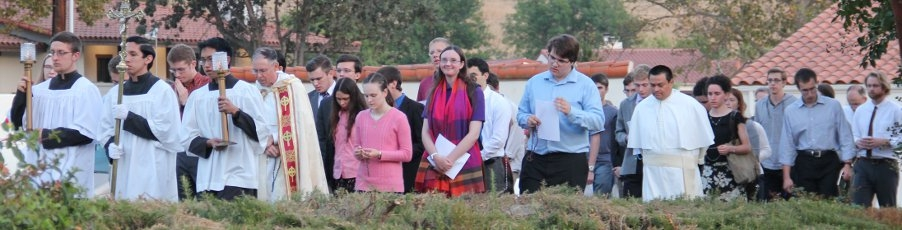 Slideshow: <br>Fatima Rosary Procession