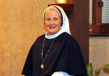 Mother Agnes Mary Donovan at BOG Dinner 2017