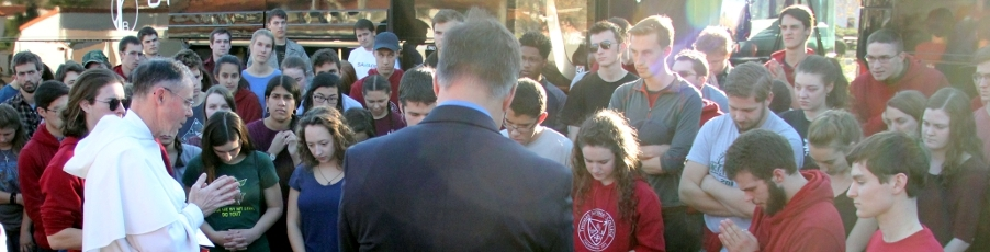 Photos: Students Depart for <br>Walk for Life 2018