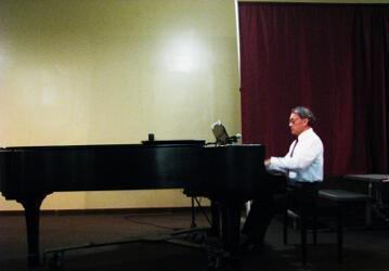 2011-11-11 Dr. Peter Kalkavage 04
