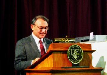2011-11-11 Dr. Peter Kalkavage 01