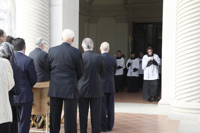 Ronald McArthur Funeral -- 02