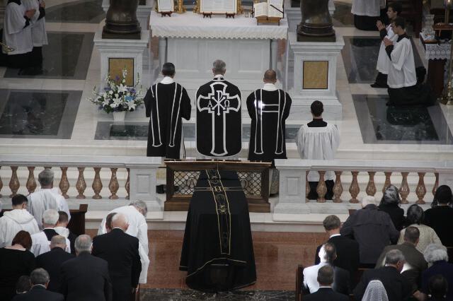 Ronald McArthur Funeral -- 13