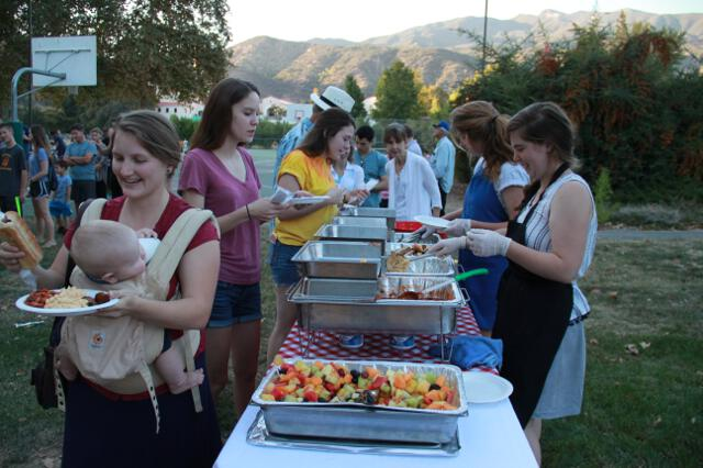 Alumni-Parent Day 2017 -- bbq and dessert