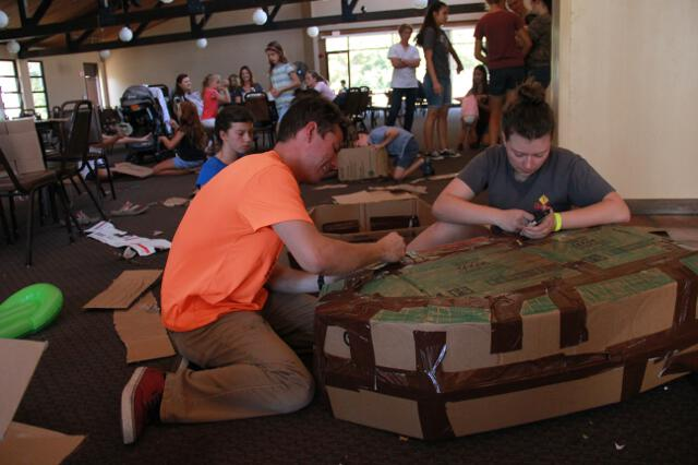 Alumni-Parent Day 2017 -- Cardboard Yacht Race