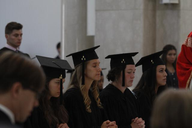 Members of the Class of 2019 in prayer