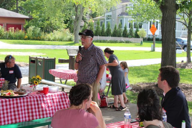 Dr. McLean addresses alumni in Prospect Park