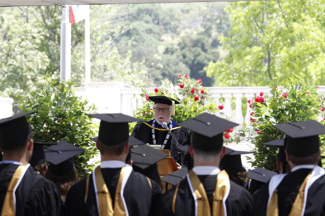 President McLean delivers the Charge to the Graduates
