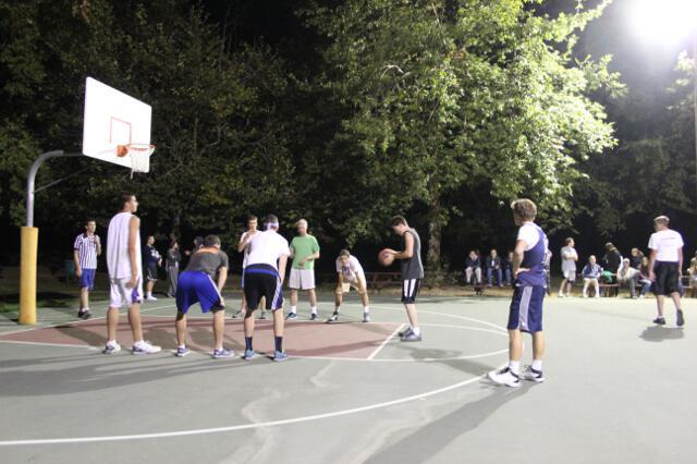HSSP13 -- Basketball -- 19