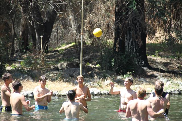 Men's water(melon) polo match