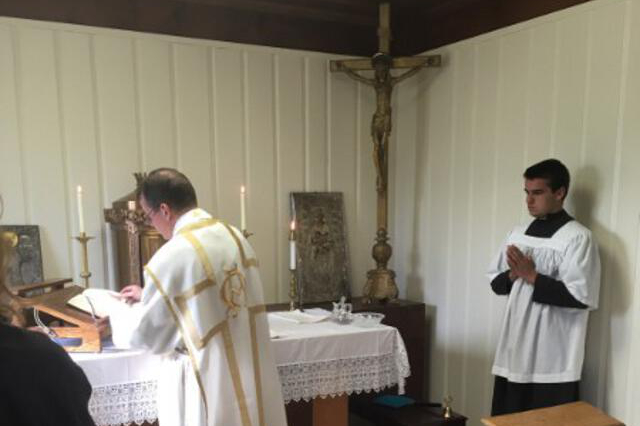 Mass in the chapel sacristy